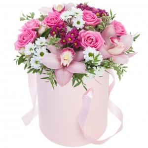 Купить коробку цветов «Нежность» в Комсомольске-на-Амуре