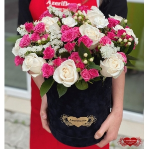 Коробка цветов «Мягкость» с доставкой в Комсомольске-на-Амуре