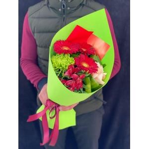 Купить букет «Гранатовый день» с доставкой в Комсомольске-на-Амуре