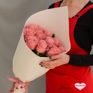 Купить букет из 11 розовых роз в Комсомольске-на-Амуре