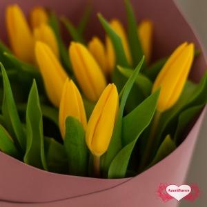 Купить букет из 15 желтых тюльпанов в Комсомольске-на-Амуре