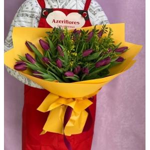 Купить букет из 25 фиолетовых тюльпанов с доставкой в [r-seoseo-city-name-pp]