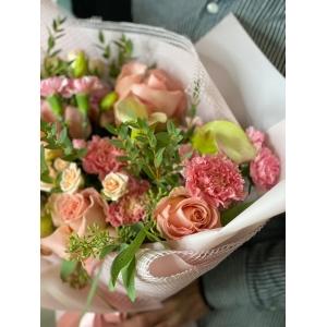 Купить букет «Пудровый джем» с доставкой в Комсомольске-на-Амуре