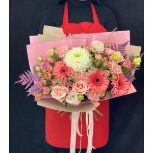 Купить букет «Розовый водопад» с доставкой в Комсомольске-на-Амуре