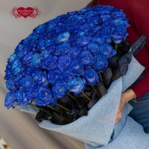 Купить охапку из синих роз в Комсомольске-на-Амуре