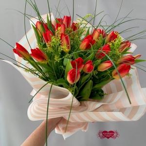 Купить тюльпаны с колючками в Комсомольске-на-Амуре