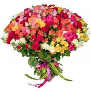 Купить микс-букет из 35 кустовых роз в Комсомольске-на-Амуре