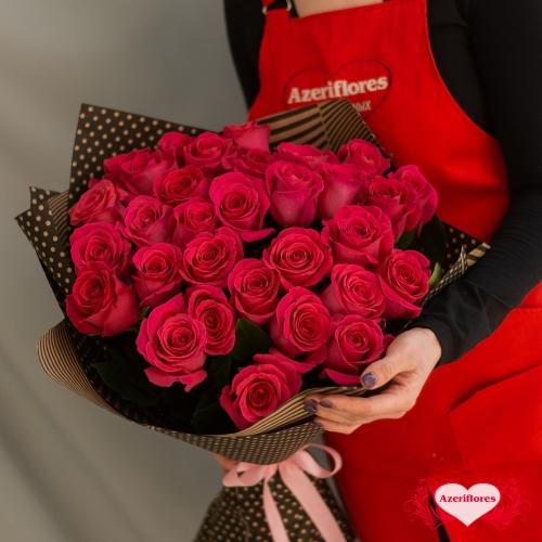 Купить букет из 31 красных роз в Комсомольске-на-Амуре