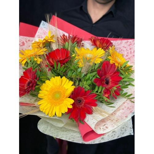 Купить букет «Осенний листопад» с доставкой в Комсомольске-на-Амуре