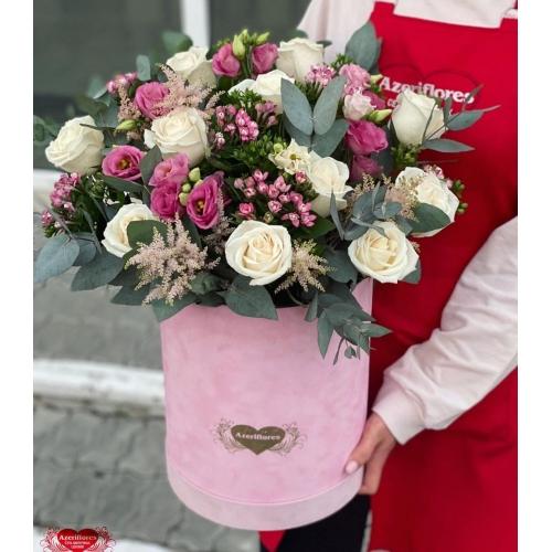Купить коробку цветов «Бархат» с доставкой в Комсомольске-на-Амуре